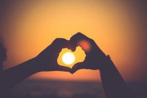 どうして理想と現実のギャップが恋愛で起きるの?ギャップを感じないぐらい恋に没頭できる方法